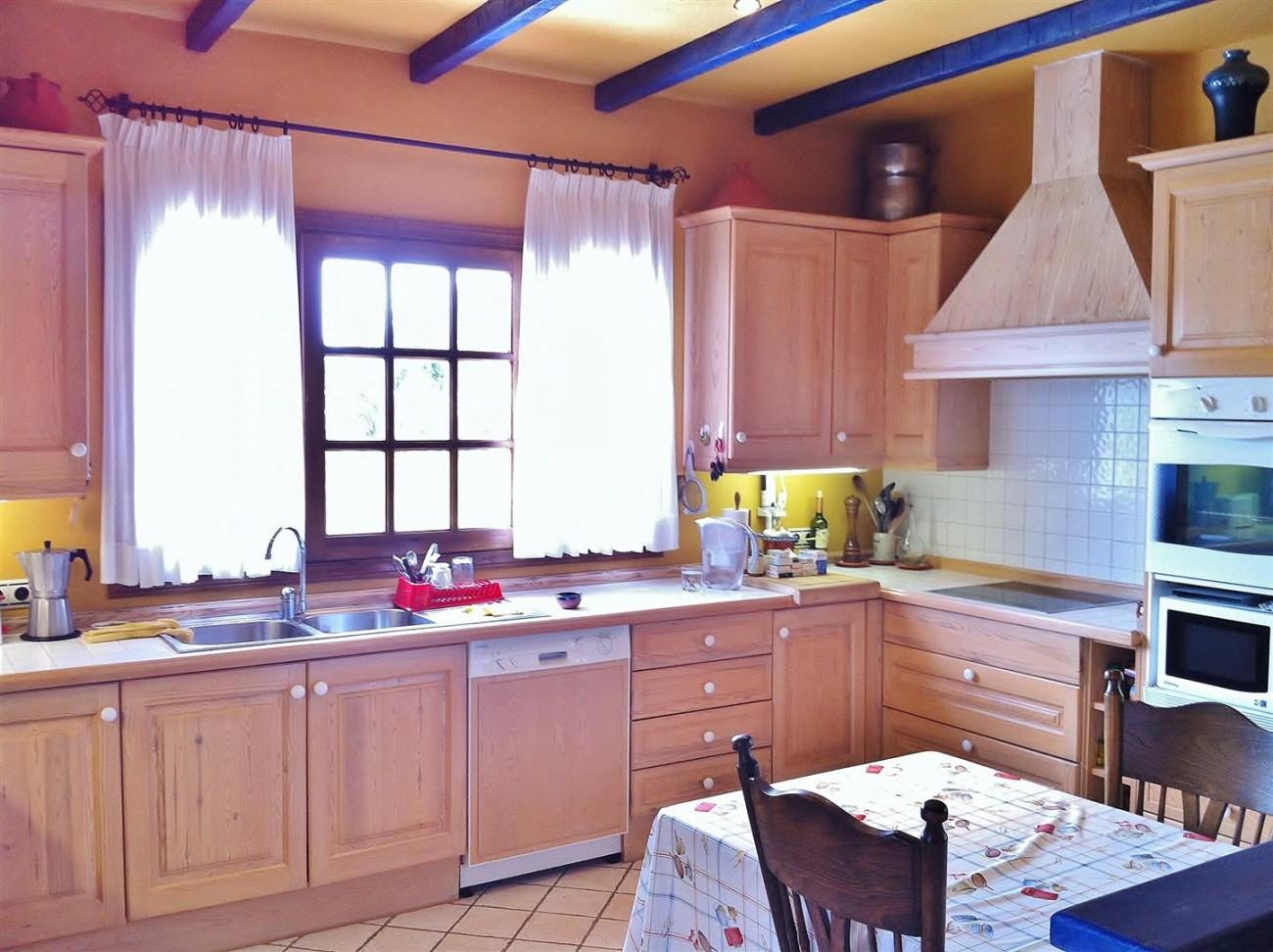 Rustic Villa for sale Estepona Spain (2) (Large)