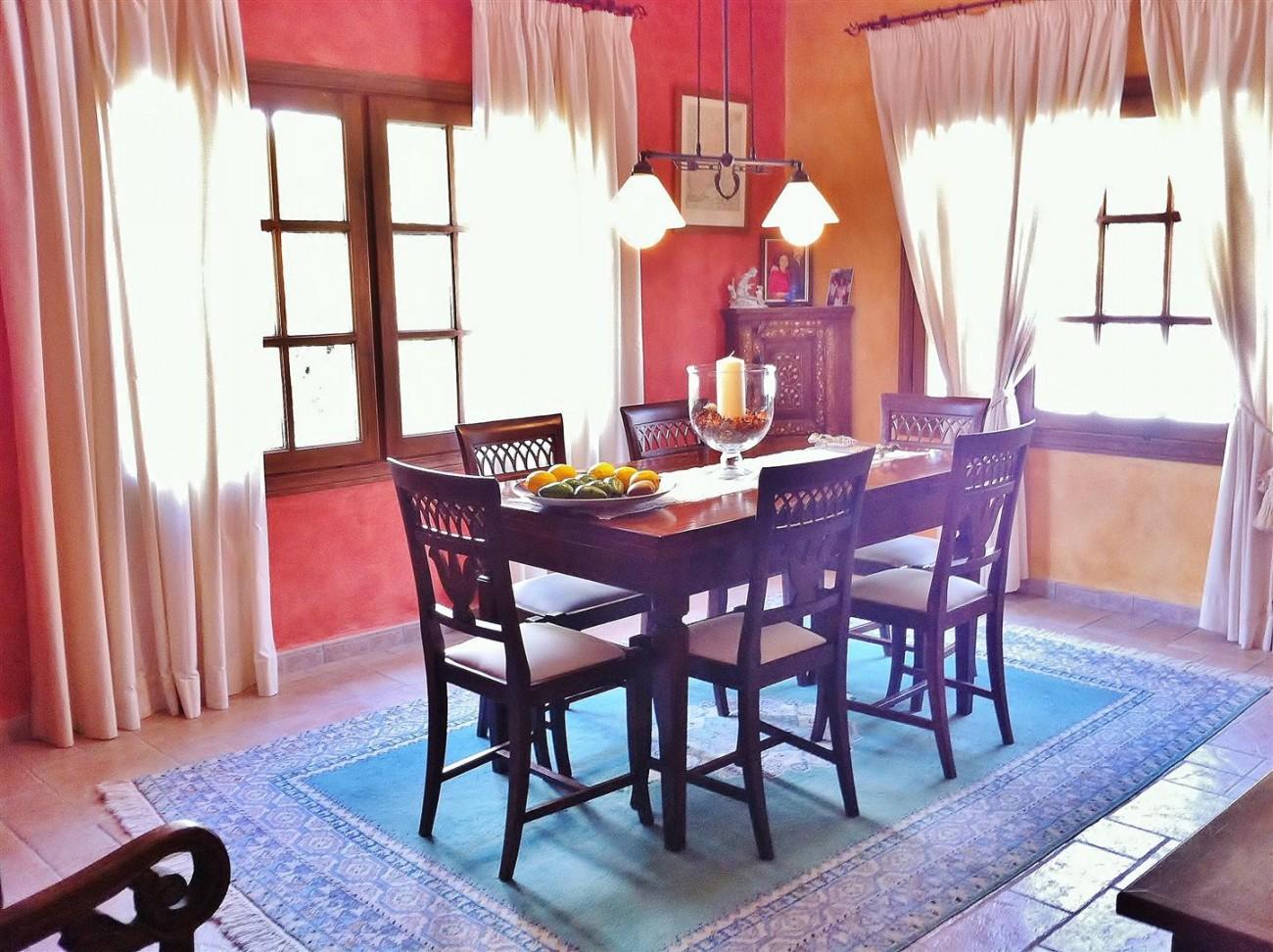 Rustic Villa for sale Estepona Spain (3) (Large)