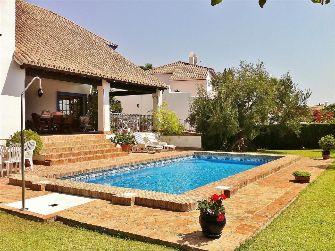 Rustic Villa for sale Estepona Spain (7) (Large)