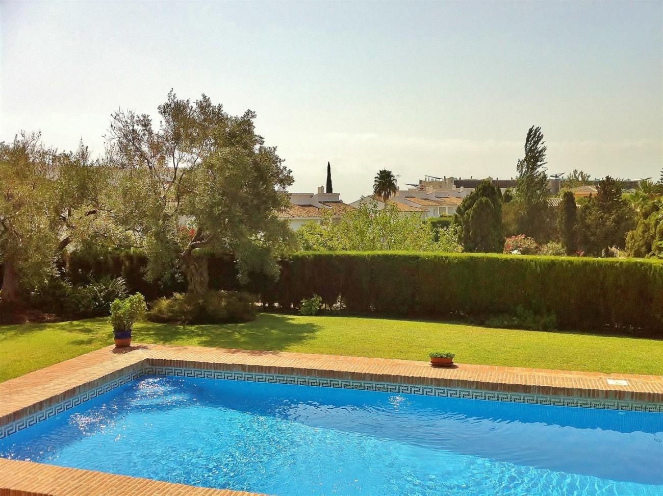 Rustic Villa for sale Estepona Spain (10) (Large)