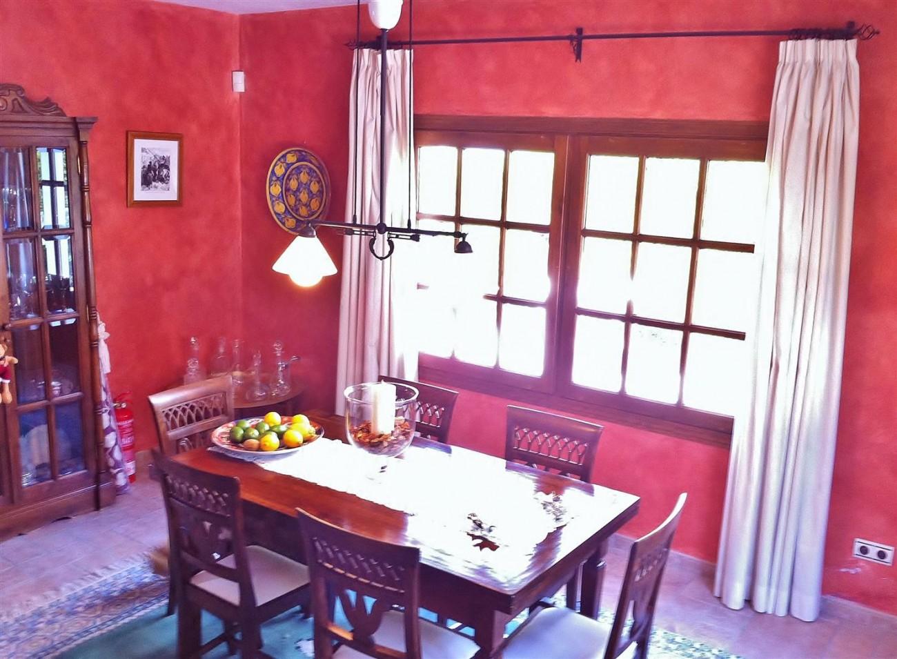Rustic Villa for sale Estepona Spain (11) (Large)