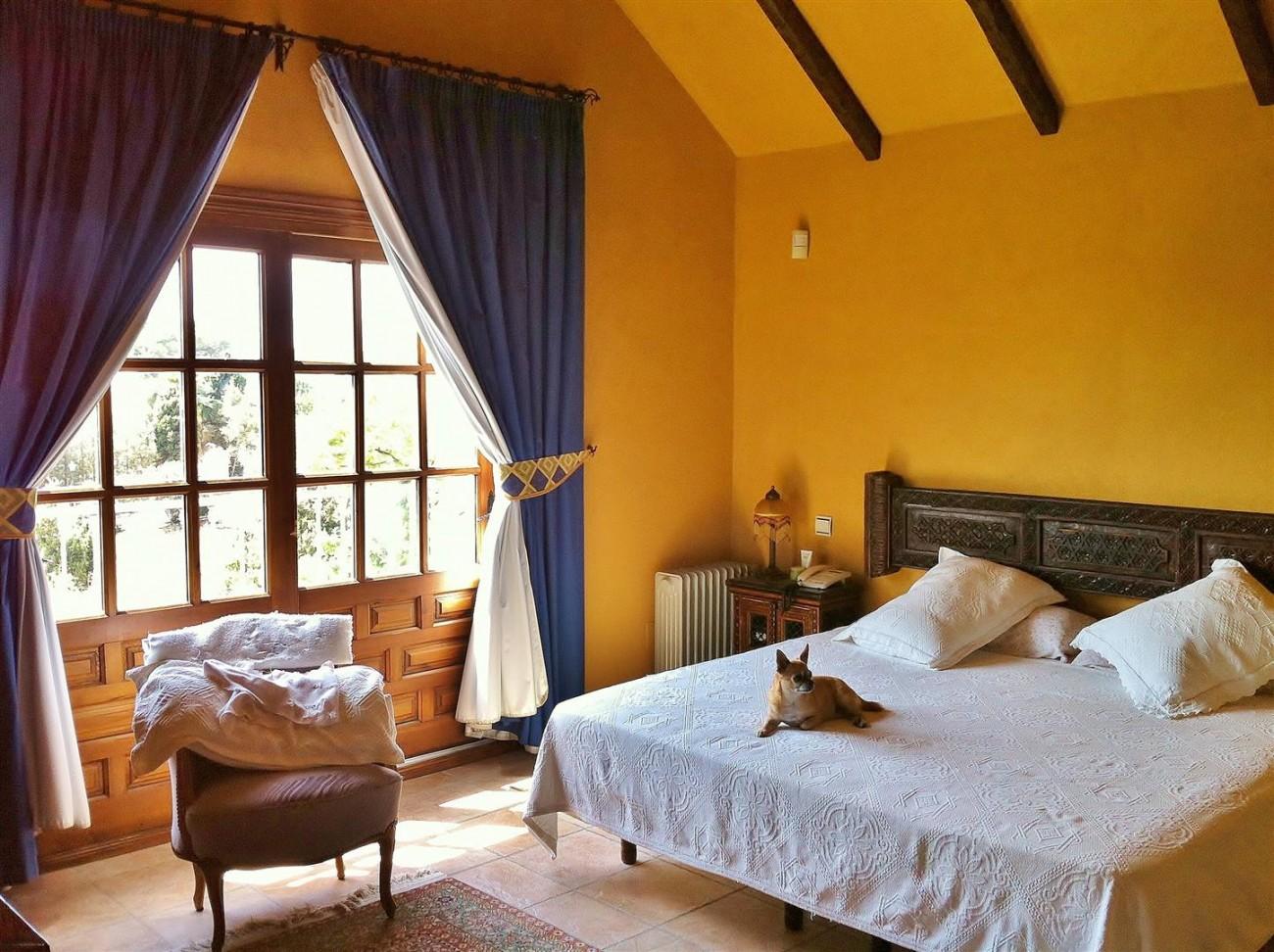 Rustic Villa for sale Estepona Spain (12) (Large)