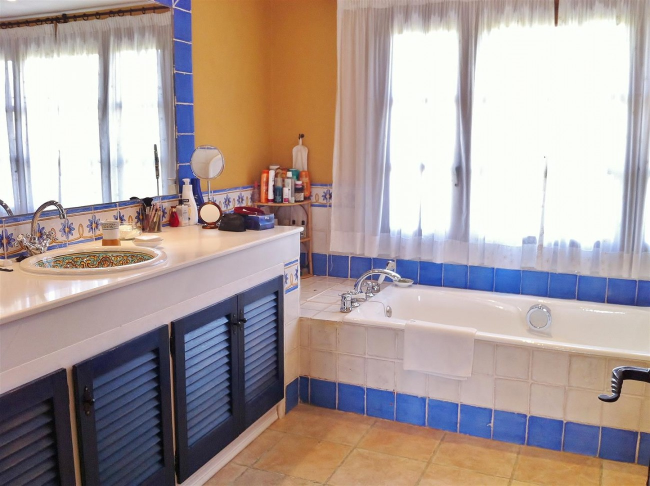 Rustic Villa for sale Estepona Spain (13) (Large)