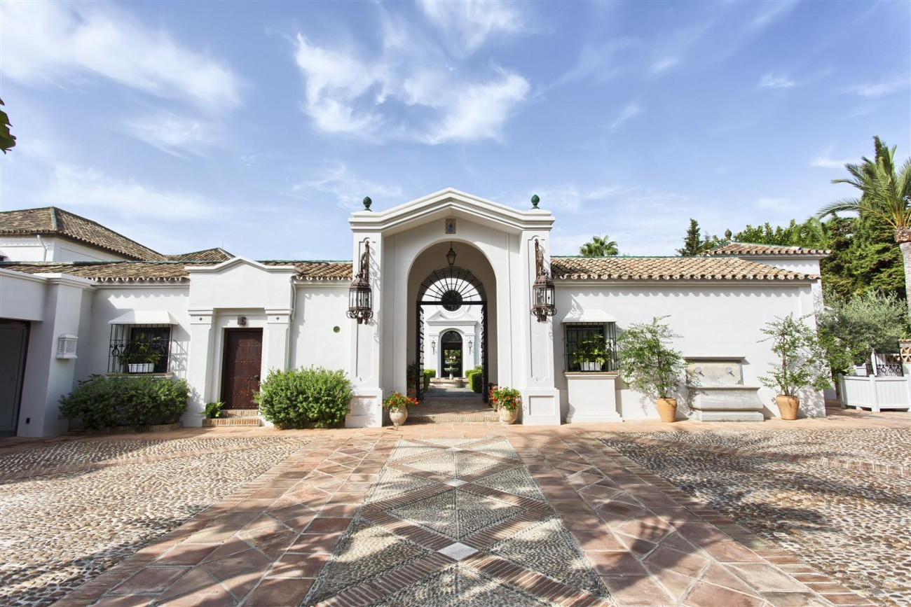 Luxury Villa for sale Marbella West Spain (5) (Large)