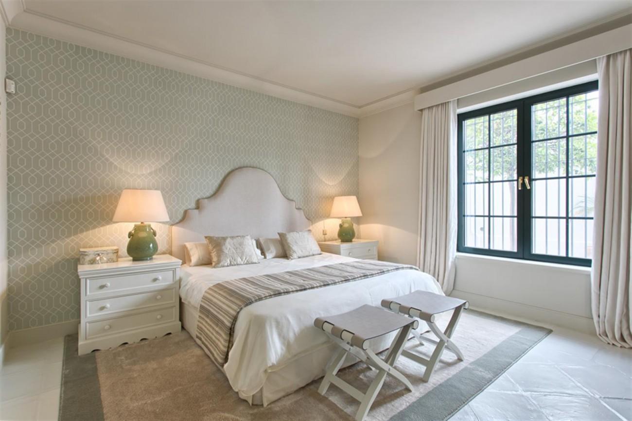 Luxury Villa for sale Marbella West Spain (60) (Large)