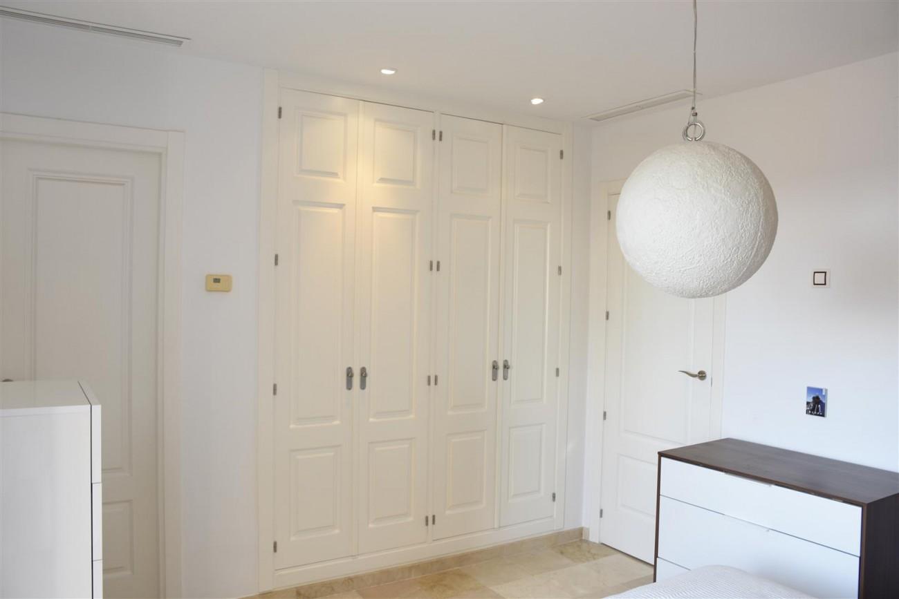 Penthouse Duplex for sale Nueva Andalucia Marbella (8) (Large)