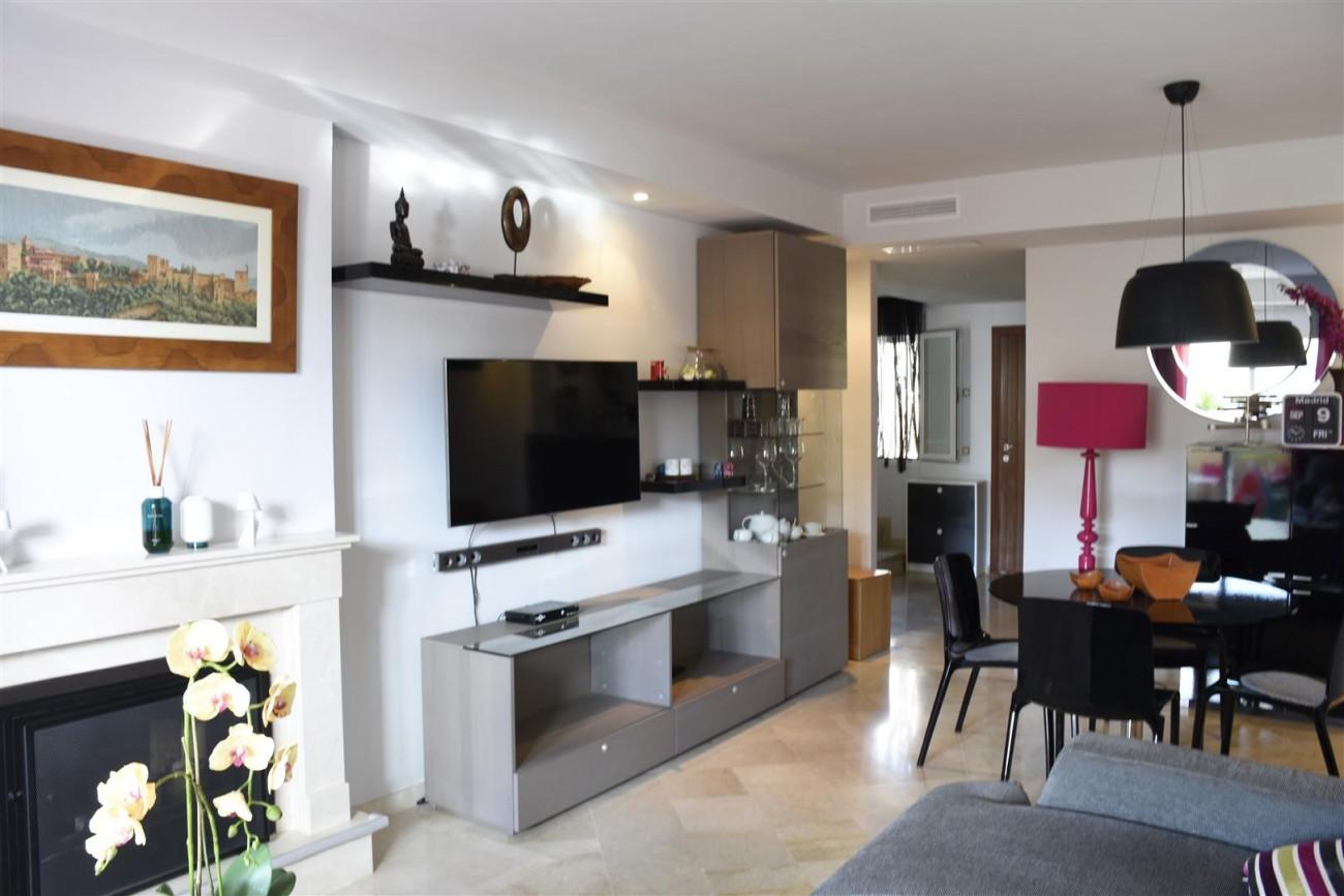 Penthouse Duplex for sale Nueva Andalucia Marbella (21) (Large)