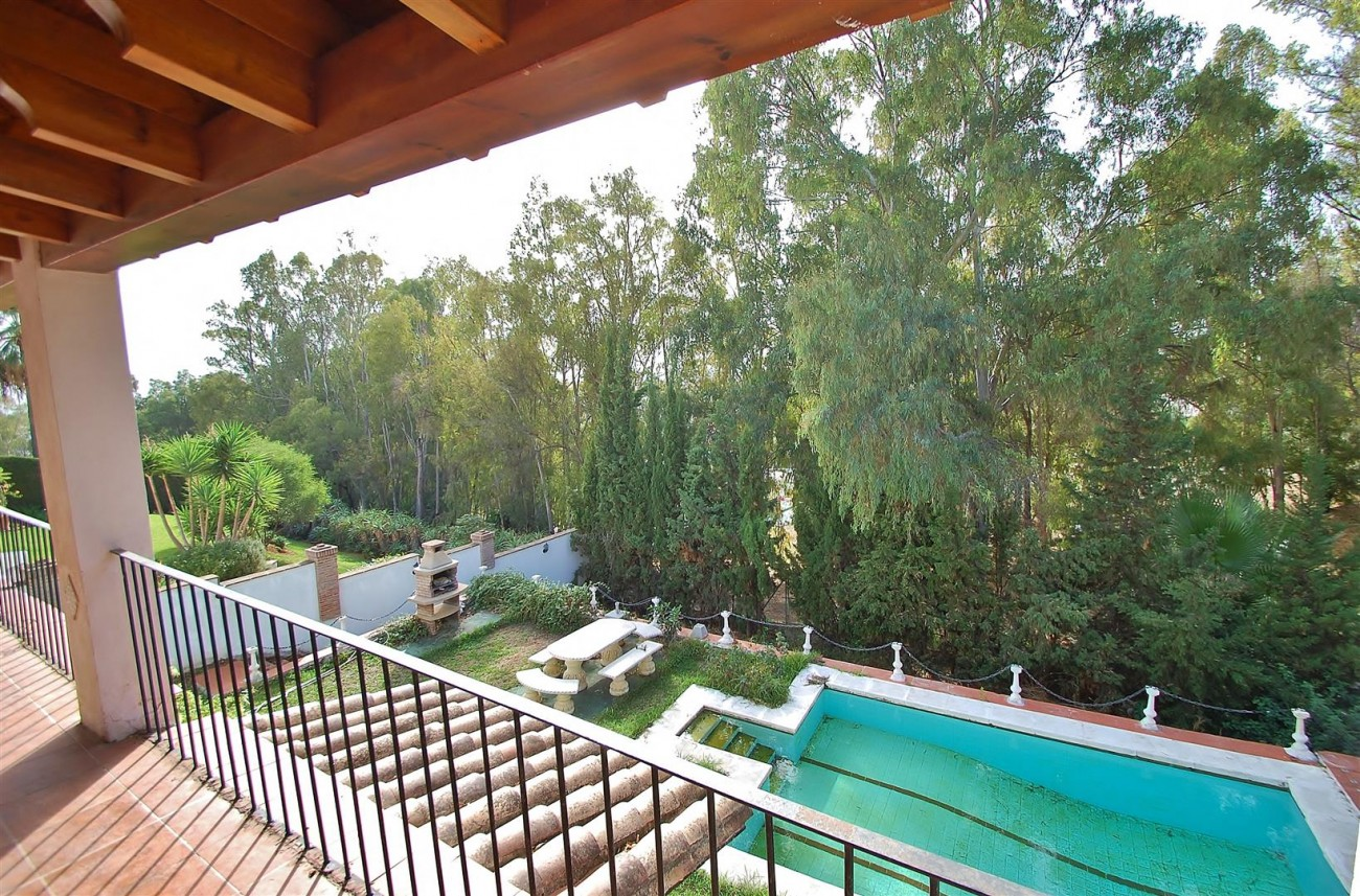 Villa for sale Nueva Andalucia Marbella Spain (14) (Large)