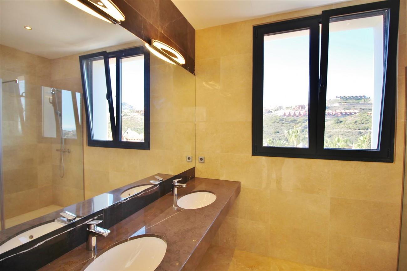 Luxury Contemporary Villa for sale Benahavis Spain (19) (Large)