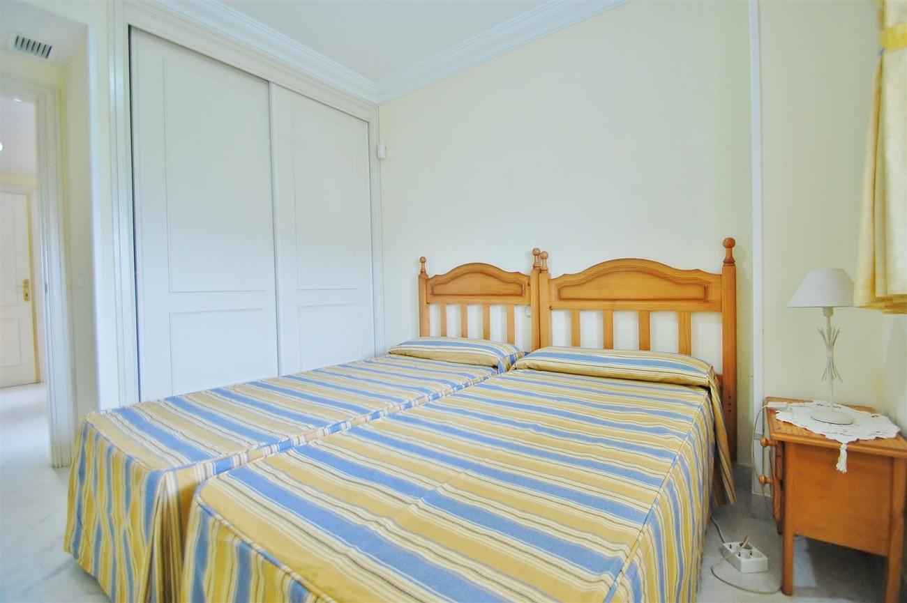 A5714 Apartment for sale Puerto Banus Marbella Spain (6) (Large)
