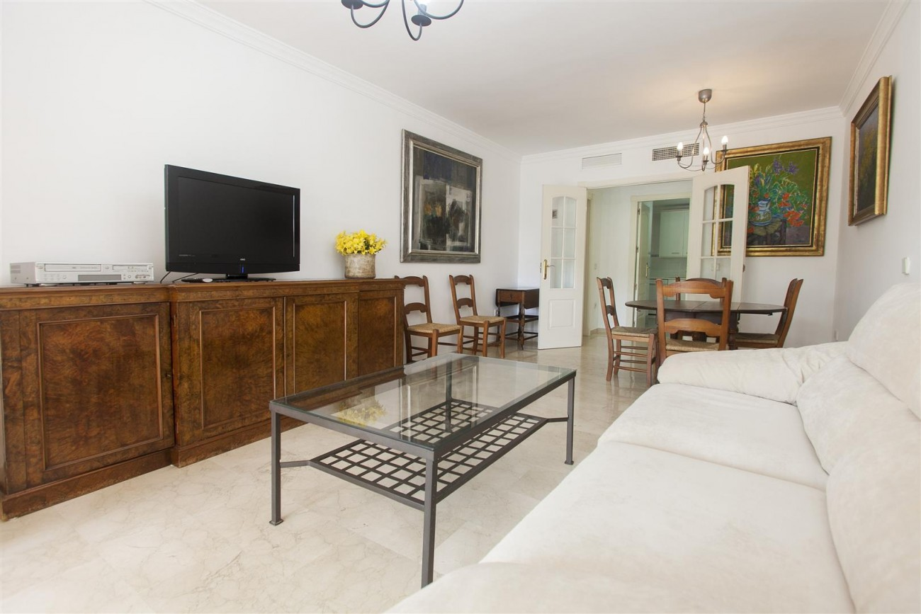 Apartment for sale Puerto Banus Marbella Spain (16) (Large)