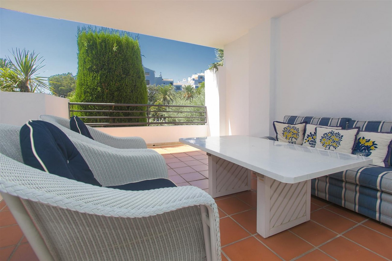 Apartment for sale Puerto Banus Marbella Spain (23) (Large)
