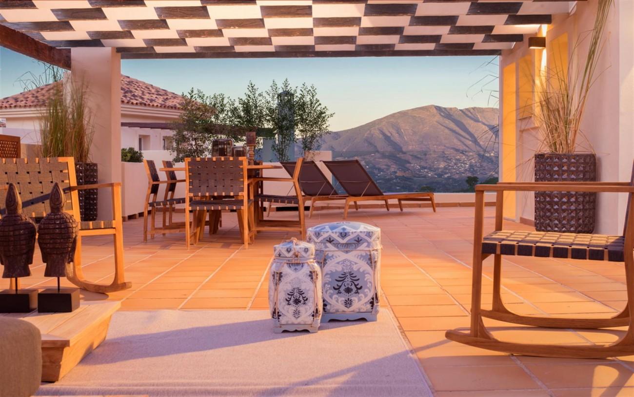 New Apartments Elviria Hills Marbella Spain (2) (Large)