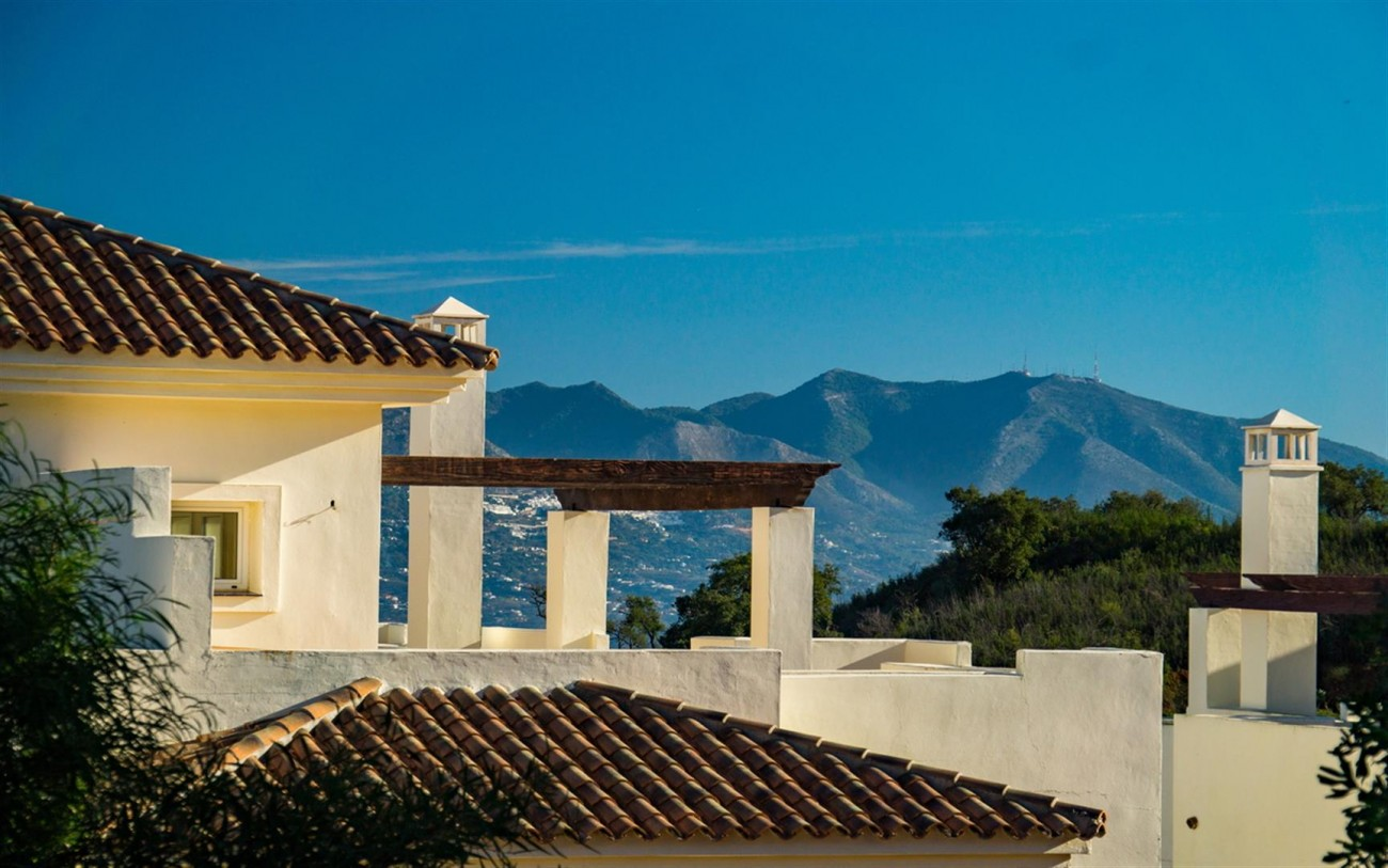 New Apartments Elviria Hills Marbella Spain (7) (Large)