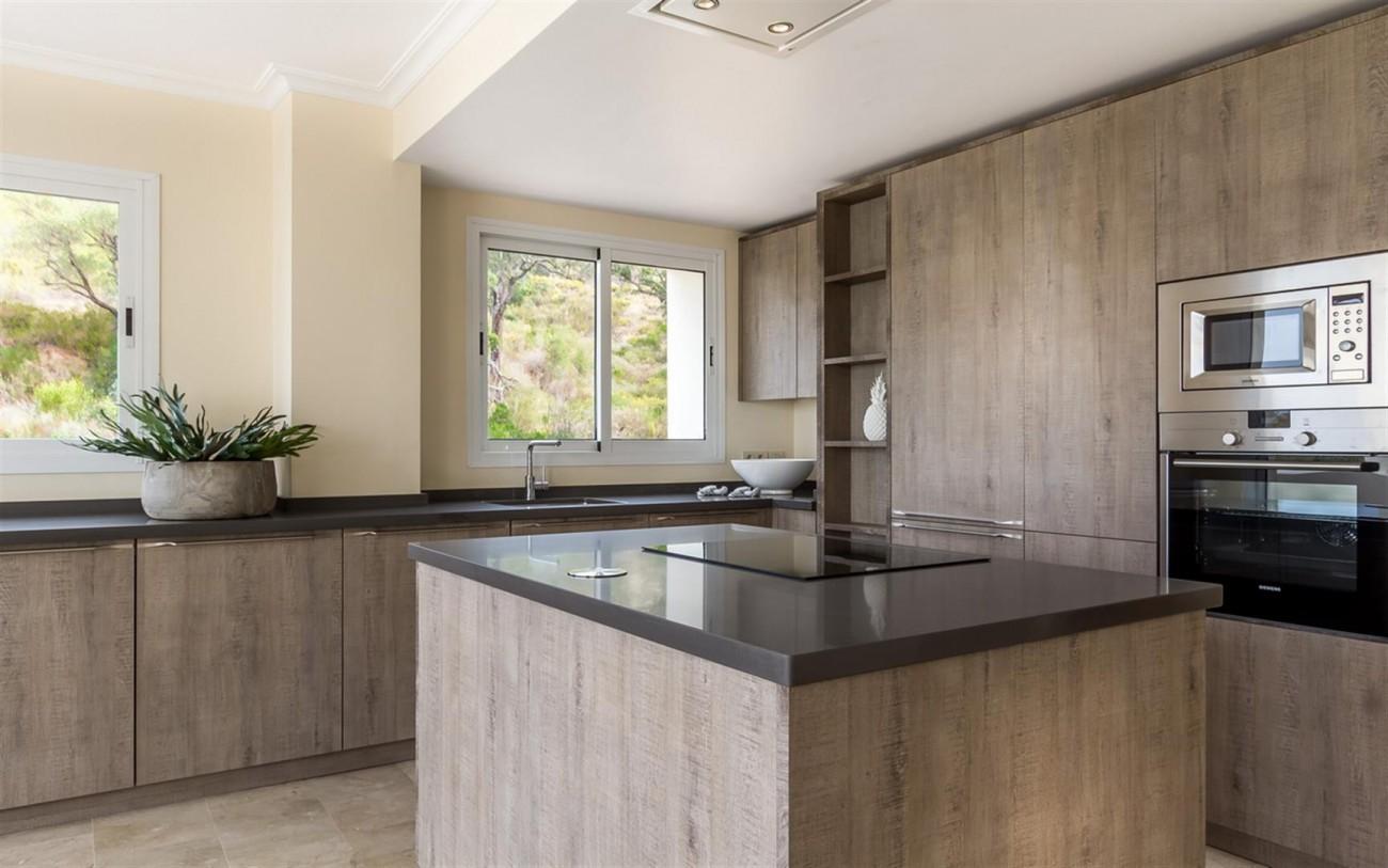 New Apartments Elviria Hills Marbella Spain (19) (Large)