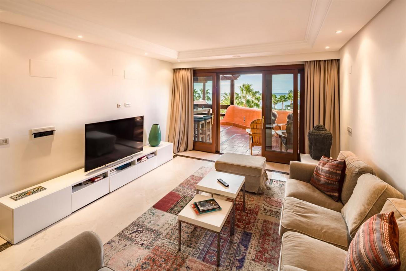 Beachfront Penthouse for sale Estepona Spain (6) (Large)