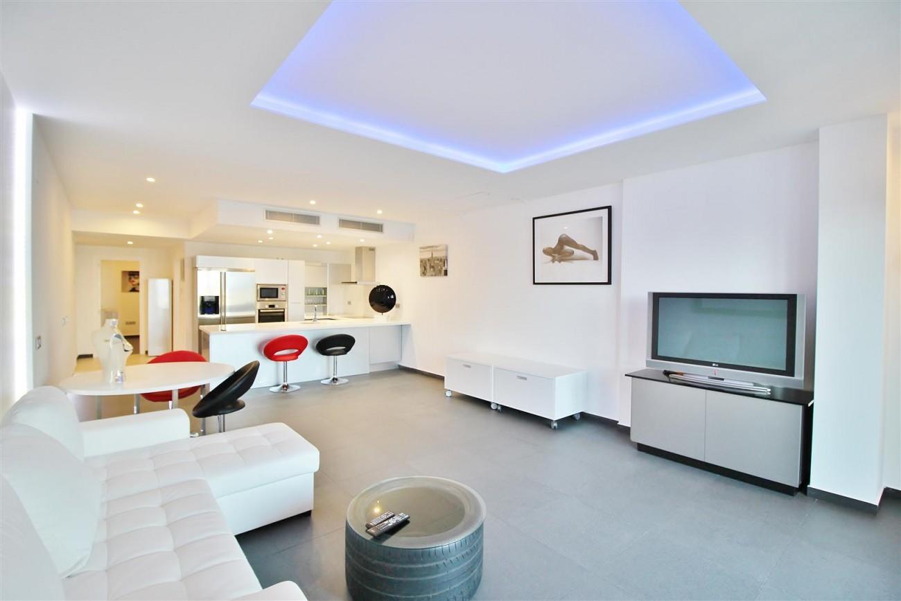 Luxury Apartment for sale Puerto Banus Marbella Spain (8) (Large)