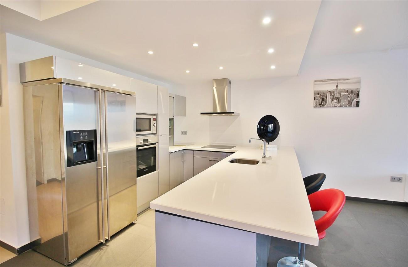 Luxury Apartment for sale Puerto Banus Marbella Spain (12) (Large)