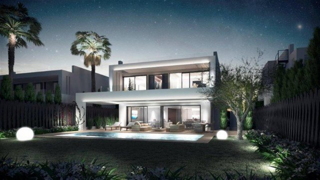 Villa for Sale - 2.400.000€ - Golden Mile, Costa del Sol - Ref: 5723