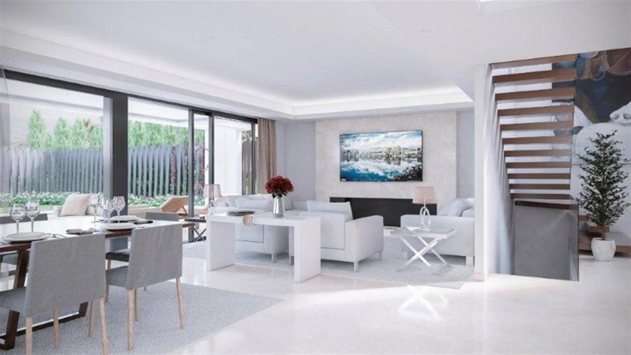 Modern Villas for sale Marbella Golden Mile Spain (3) (Large)