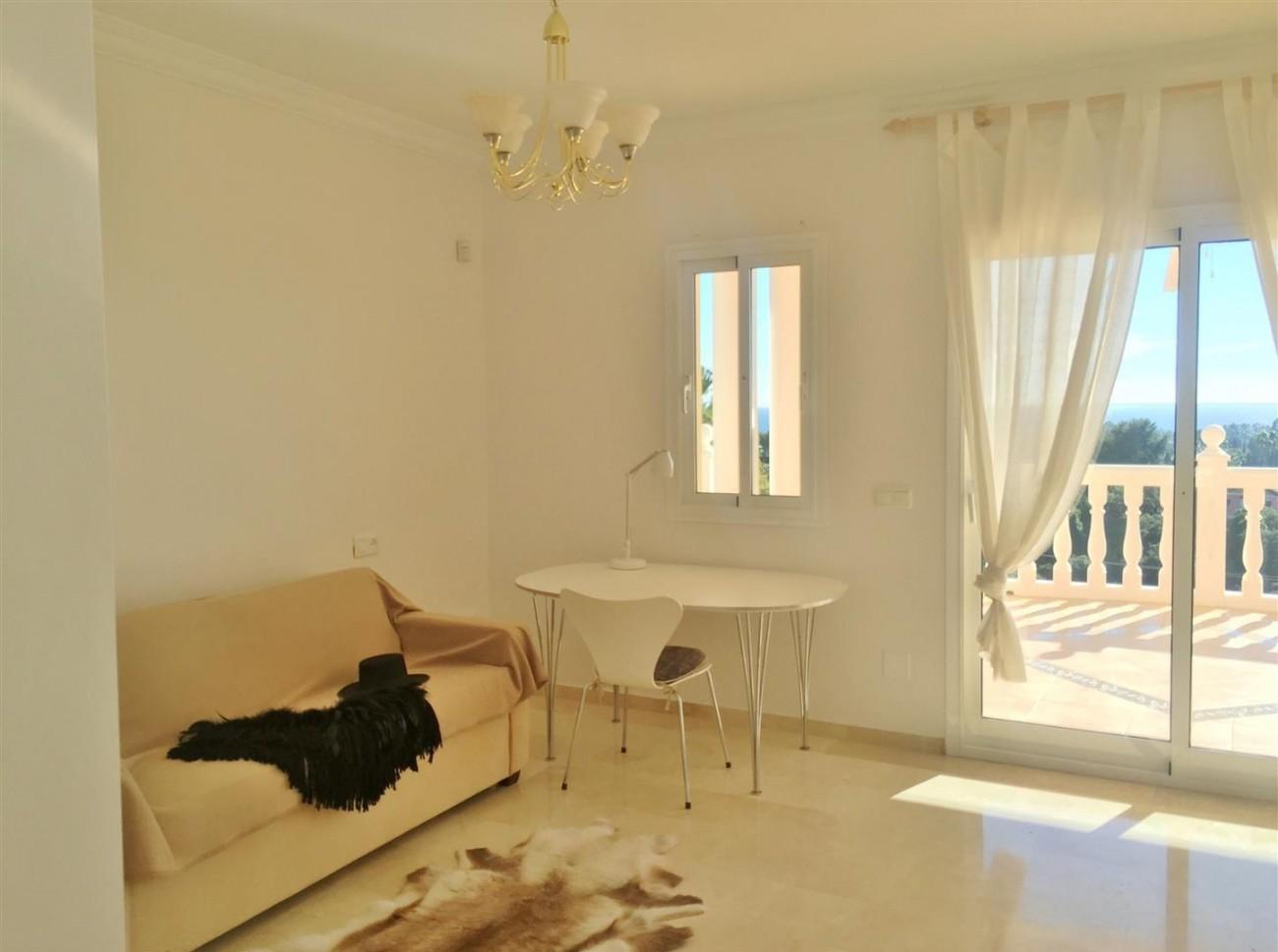 Luxury Villa for sale East of Marbella (10) (Large)
