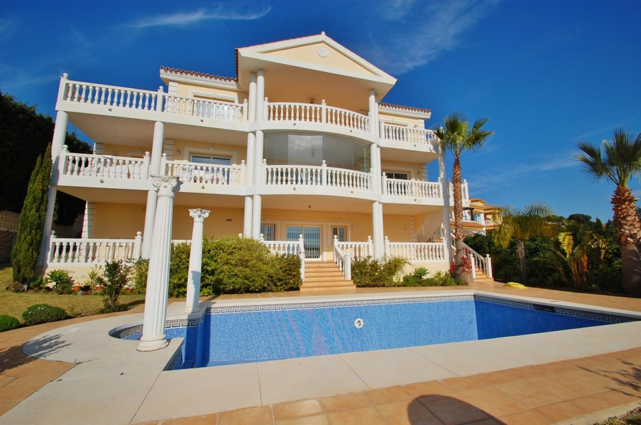 Luxury Villa for sale East of Marbella (25) (Large)