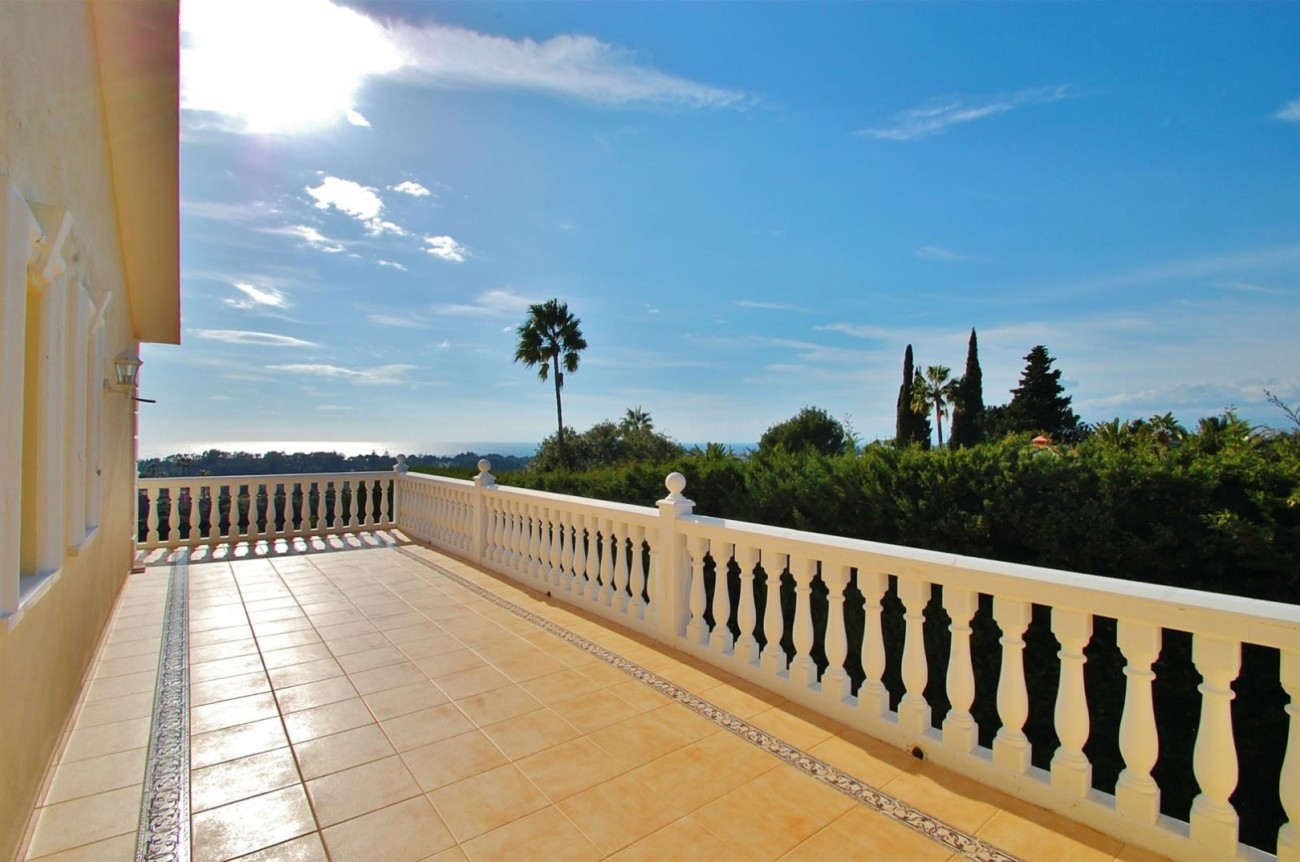 Luxury Villa for sale East of Marbella (26) (Large)
