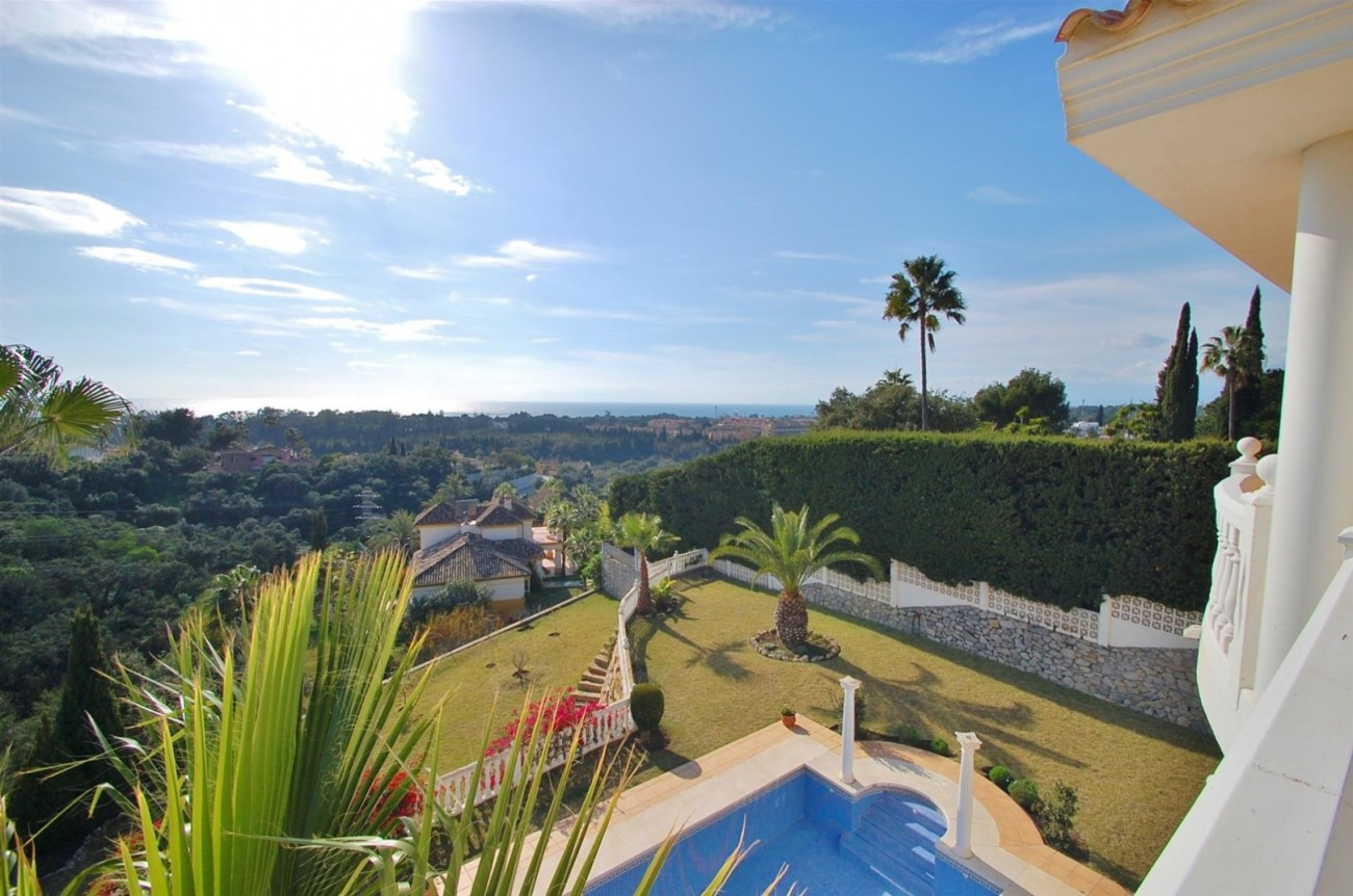 Luxury Villa for sale East of Marbella (29) (Large)