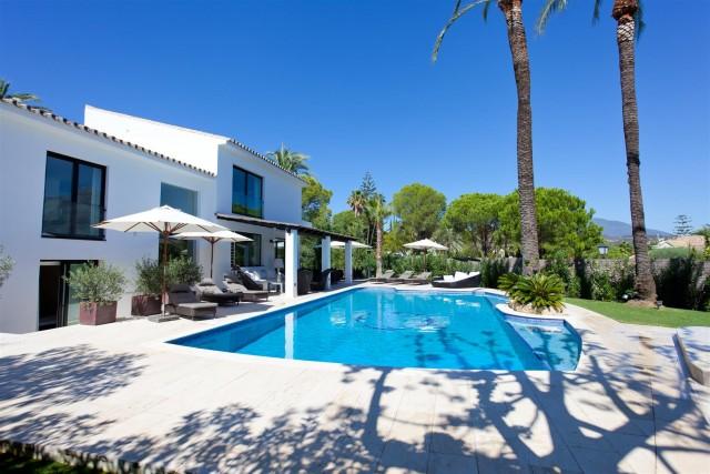 Villa for Rent - 6.500€/week - Nueva Andalucía, Costa del Sol - Ref: 5725