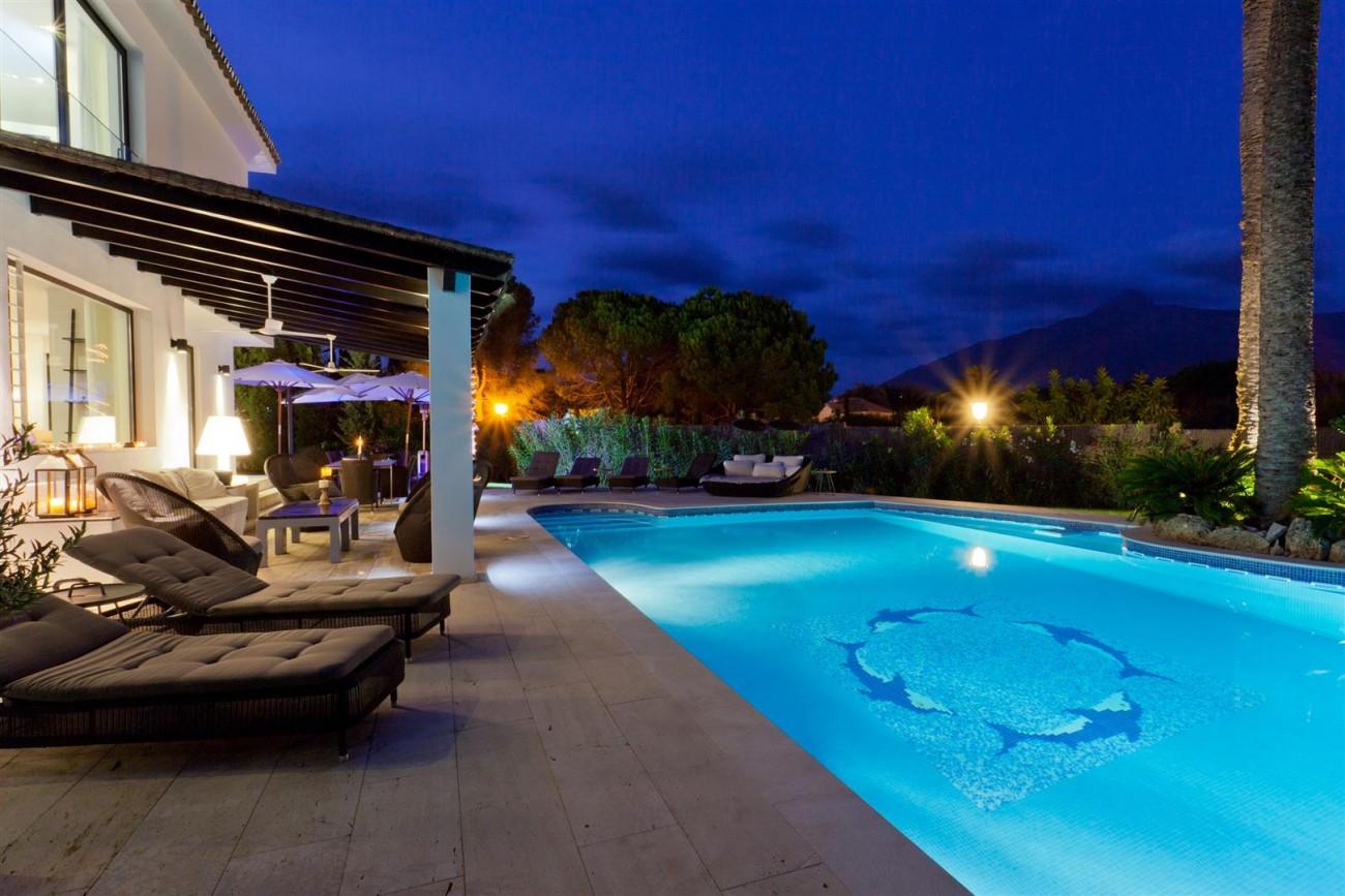 Luxury Villa for Sale Nueva Andalucia Marbella (26) (Large)