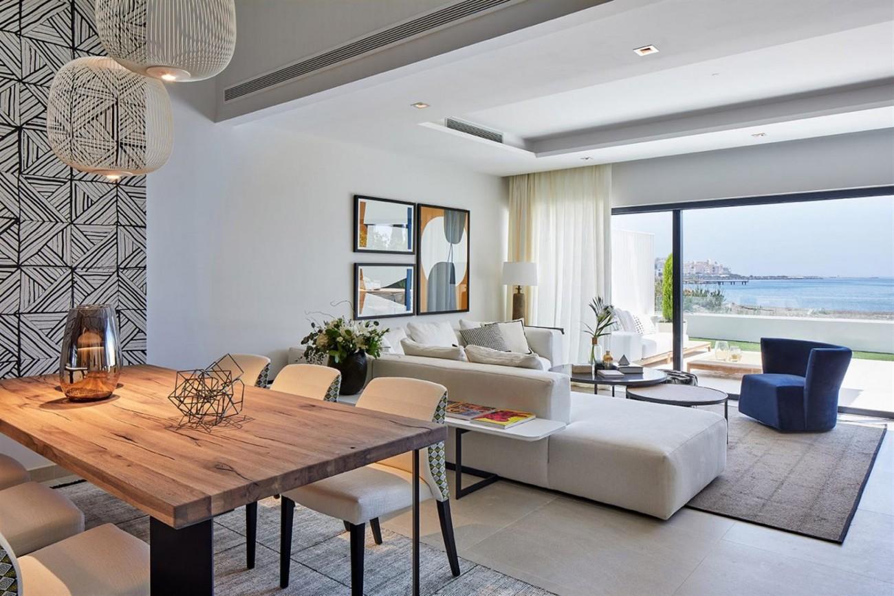 Frontline beach Luxury Townhouse Estepona Spain (12) (Large)