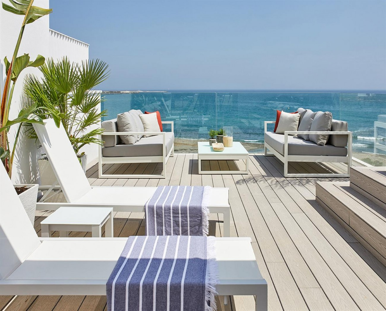 Frontline beach Luxury Townhouse Estepona Spain (20) (Large)