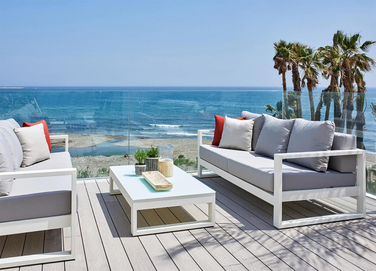 Frontline beach Luxury Townhouse Estepona Spain (21) (Large)