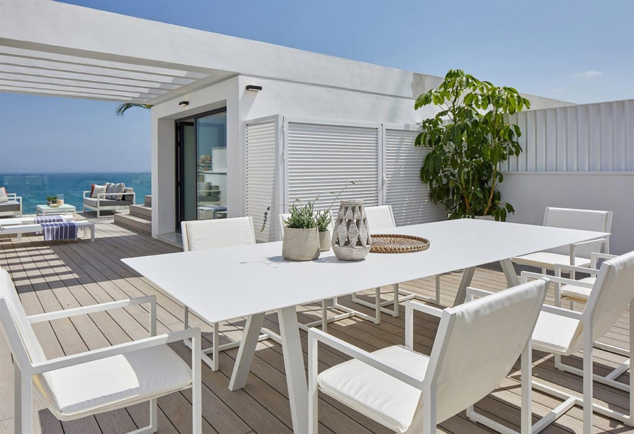 Frontline beach Luxury Townhouse Estepona Spain (22) (Large)