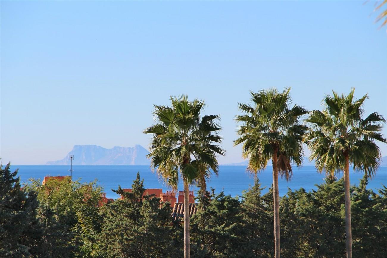 Penthouse Duplex for sale Estepona Marbella Spain (2) (Large)