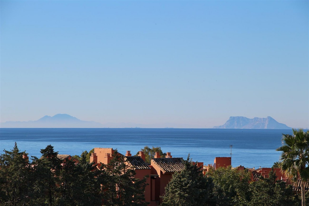 Penthouse Duplex for sale Estepona Marbella Spain (10) (Large)