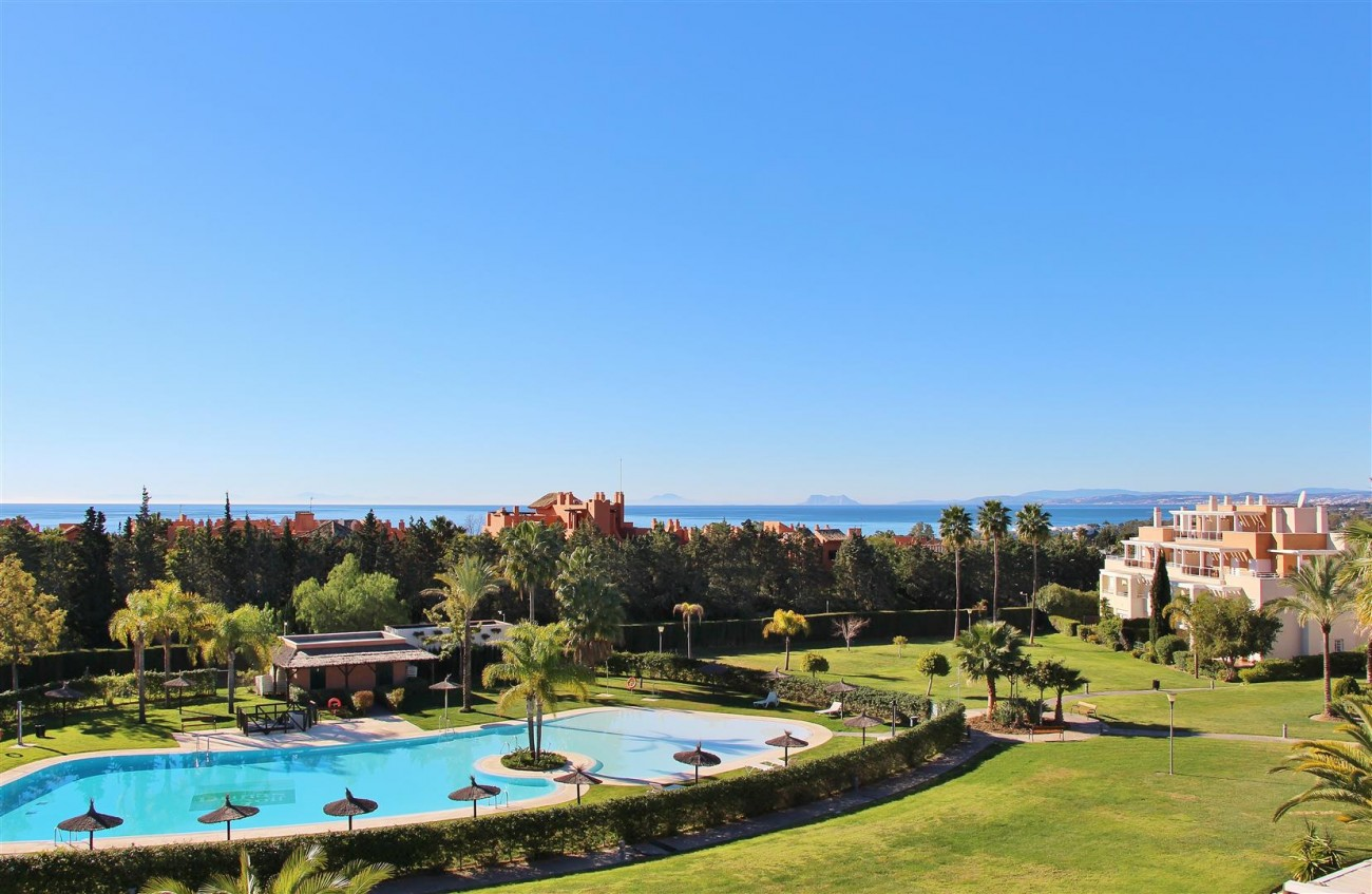 Penthouse Duplex for sale Estepona Marbella Spain (13) (Large)