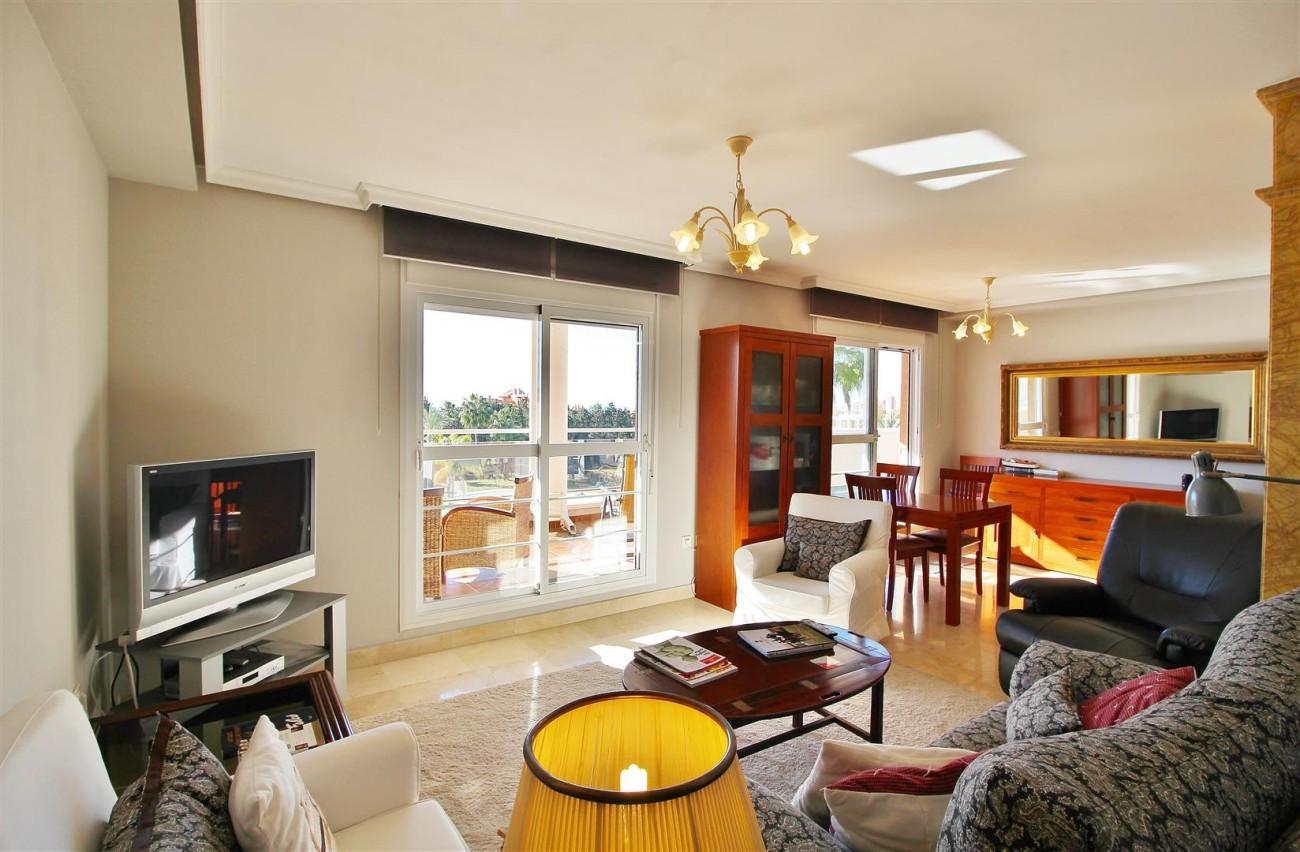 Penthouse Duplex for sale Estepona Marbella Spain (24) (Large)