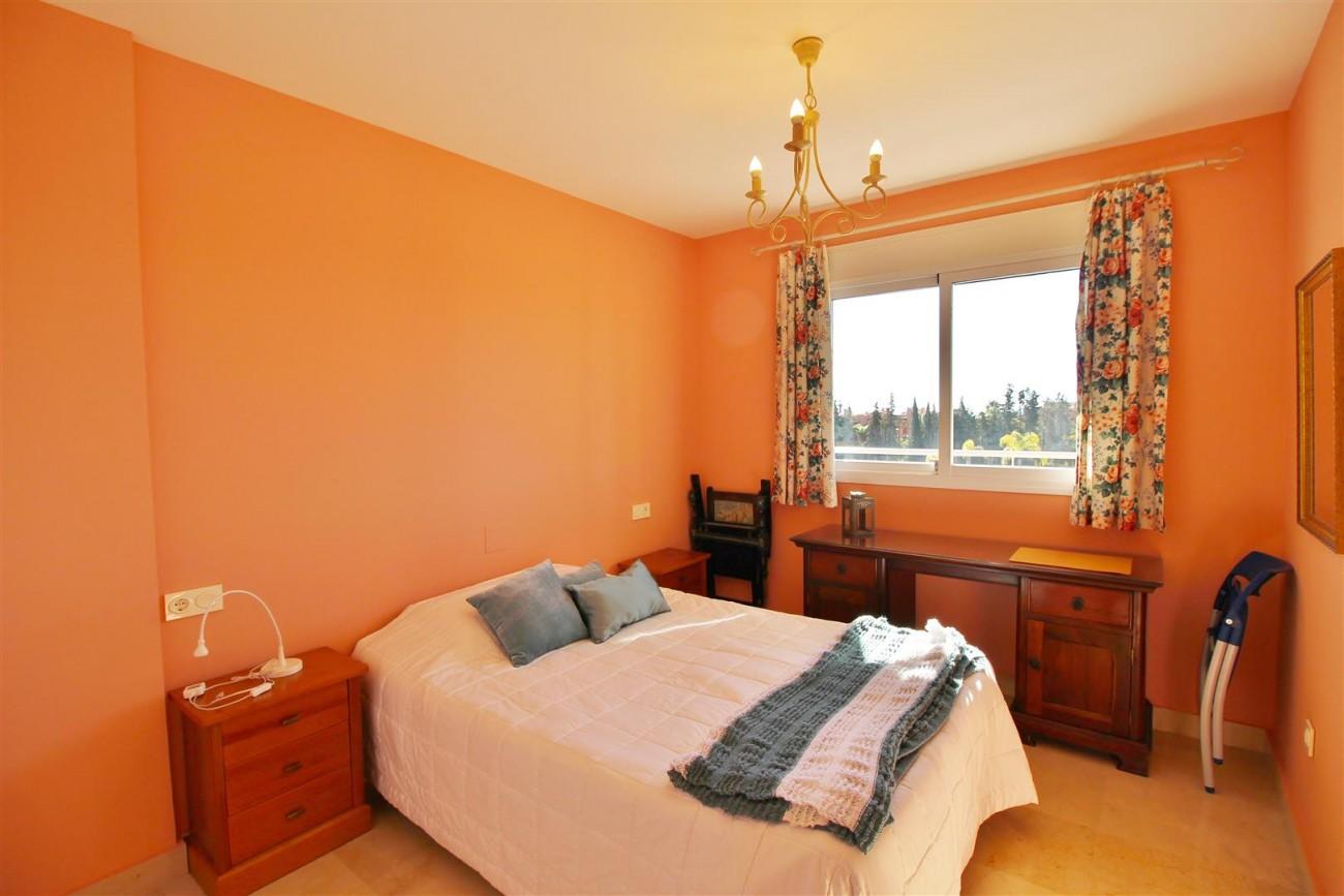 Penthouse Duplex for sale Estepona Marbella Spain (40) (Large)