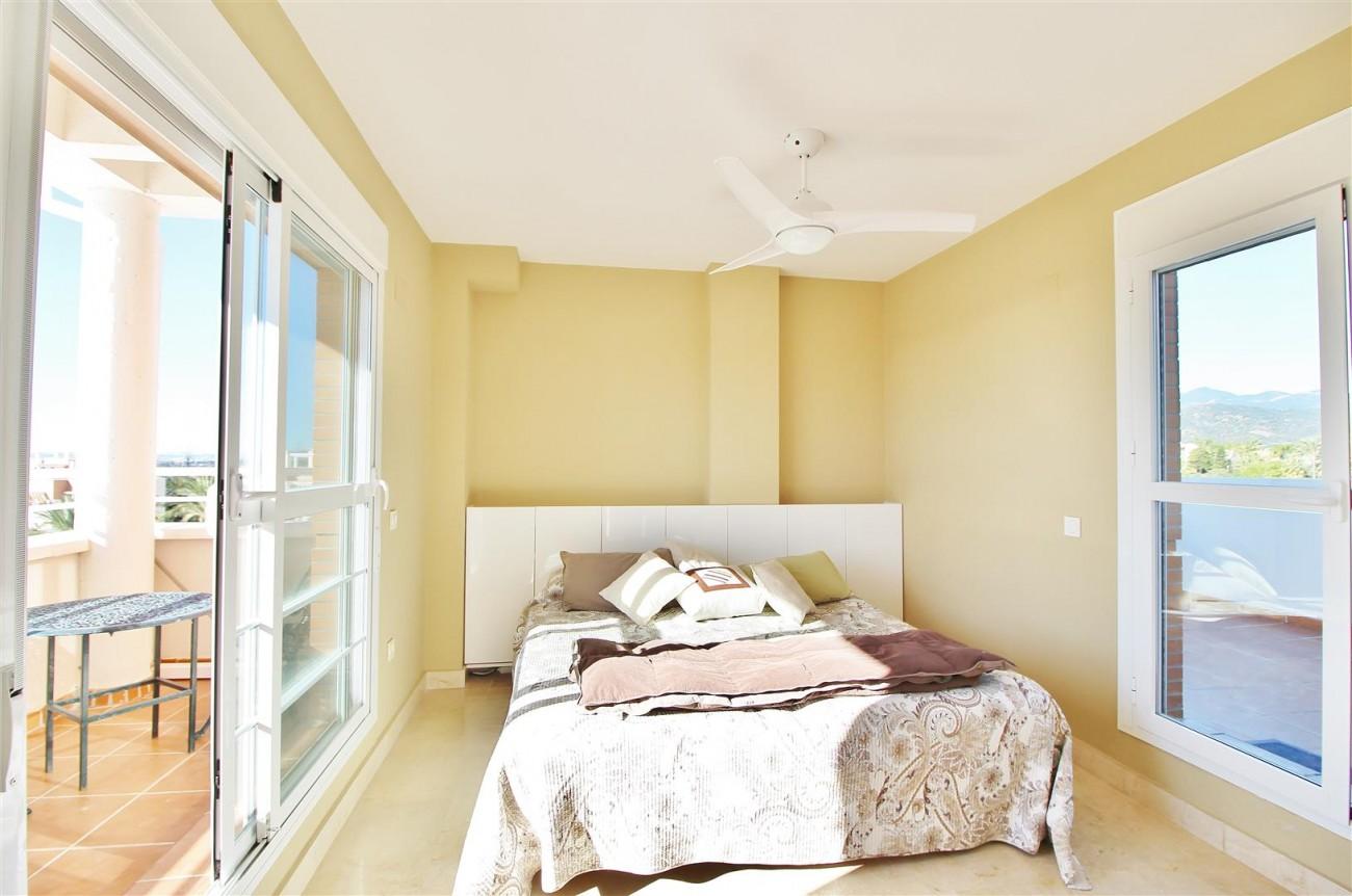 Penthouse Duplex for sale Estepona Marbella Spain (45) (Large)