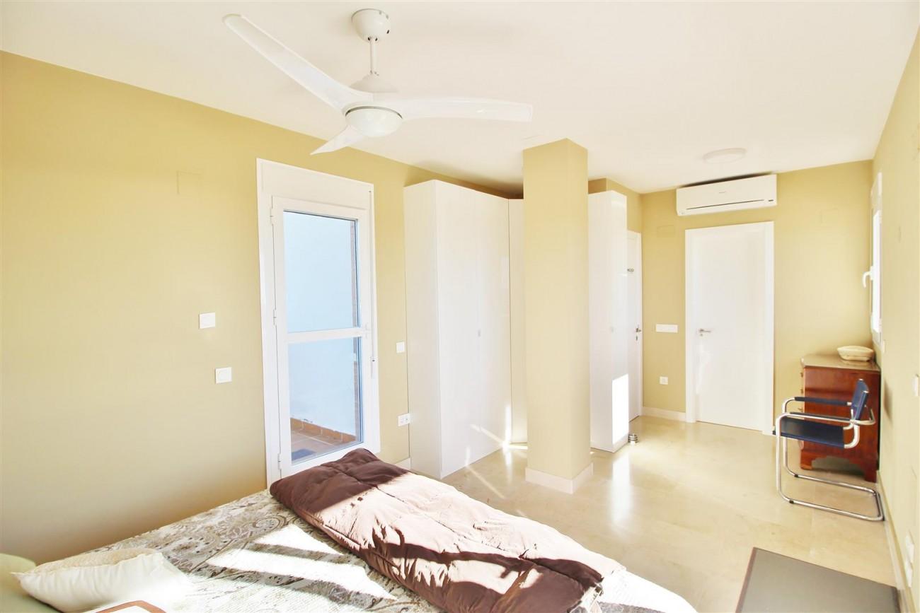Penthouse Duplex for sale Estepona Marbella Spain (47) (Large)
