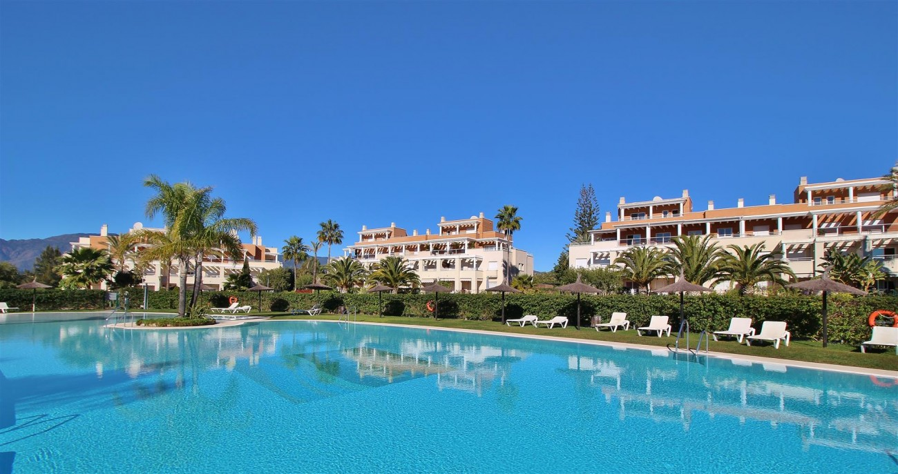 Penthouse Duplex for sale Estepona Marbella Spain (61) (Large)
