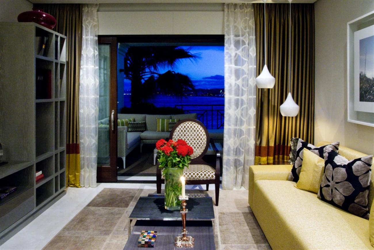 Frontline Beach Luxury Apartments Estepona Spain (2) (Large)