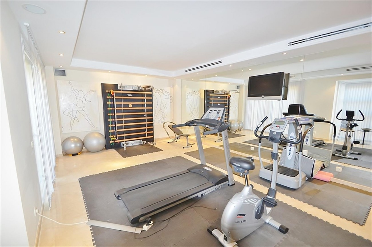 Luxury Villa for sale Nueva Andalucia Marbella Spain (3)