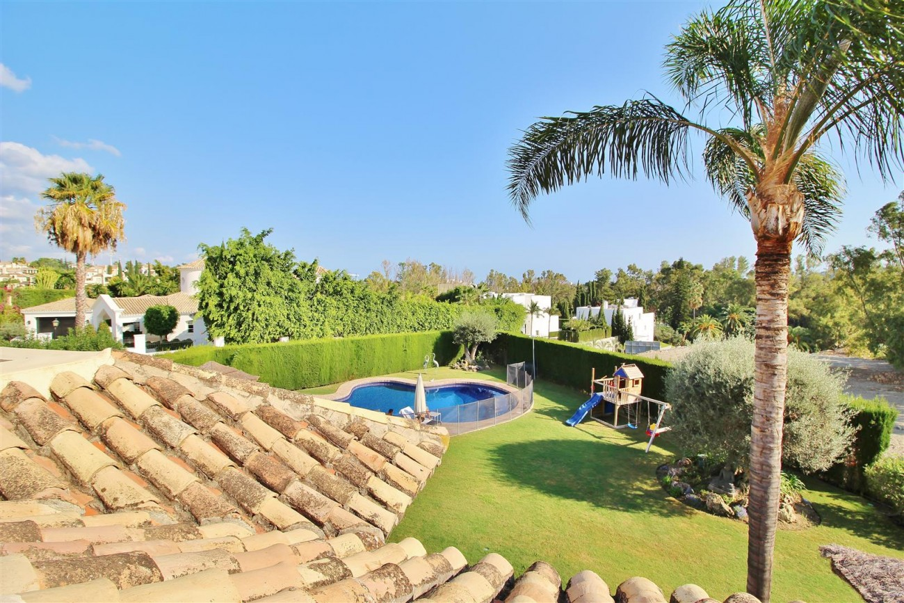 Luxury Villa for sale Nueva Andalucia Marbella Spain (23) (Large)
