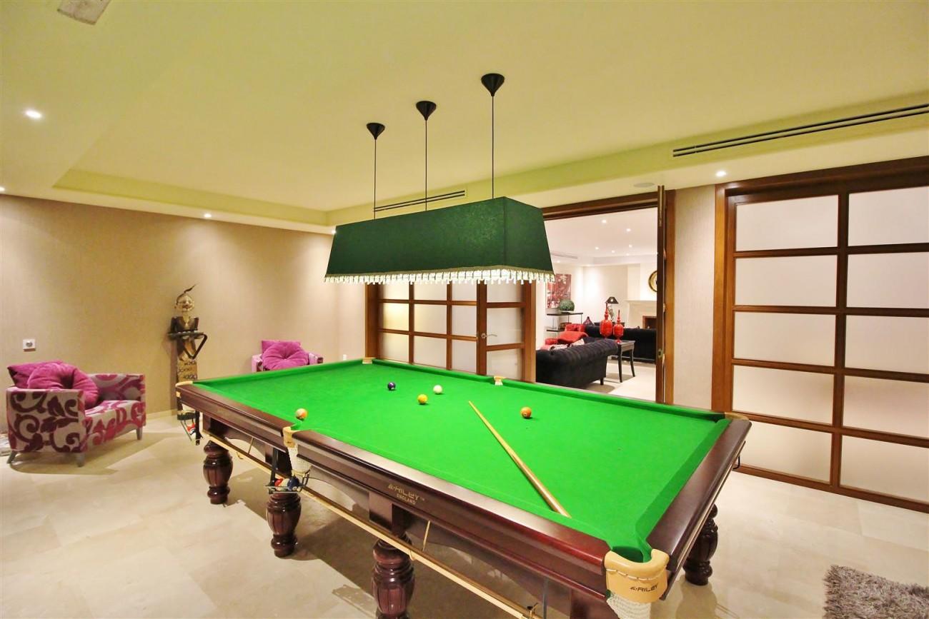 Luxury Villa for sale Nueva Andalucia Marbella Spain (29) (Large)