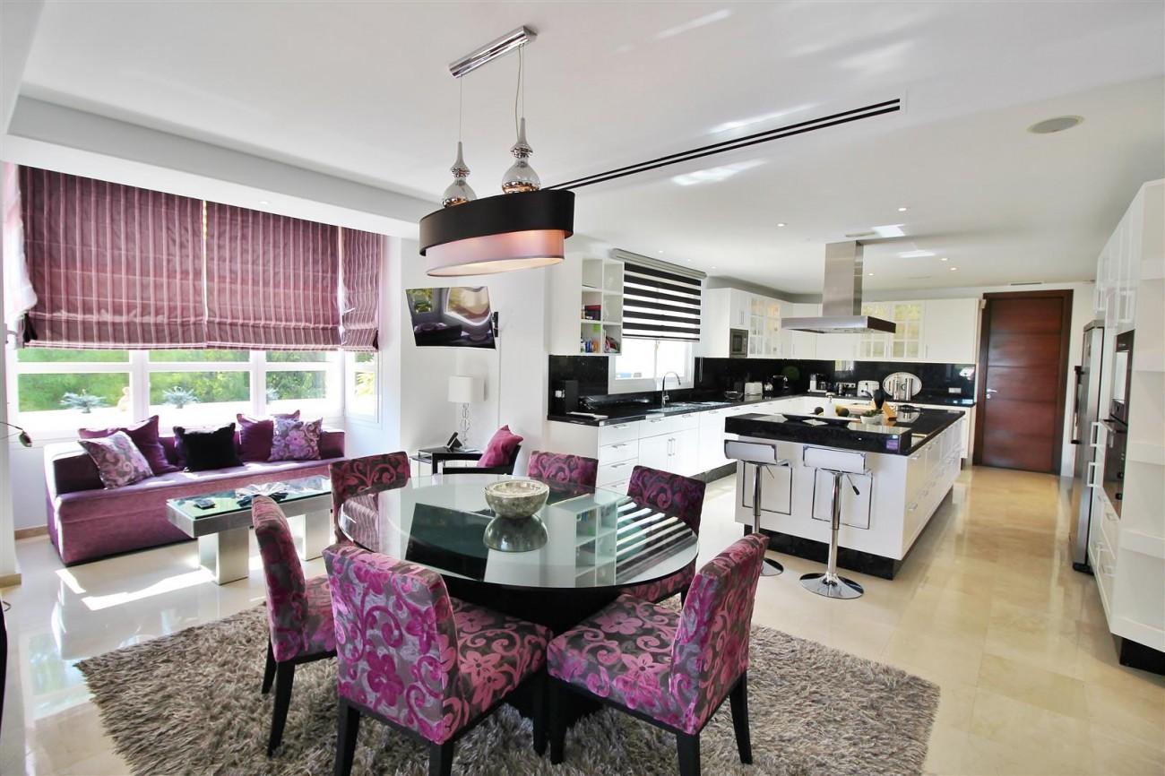 Luxury Villa for sale Nueva Andalucia Marbella Spain (43) (Large)