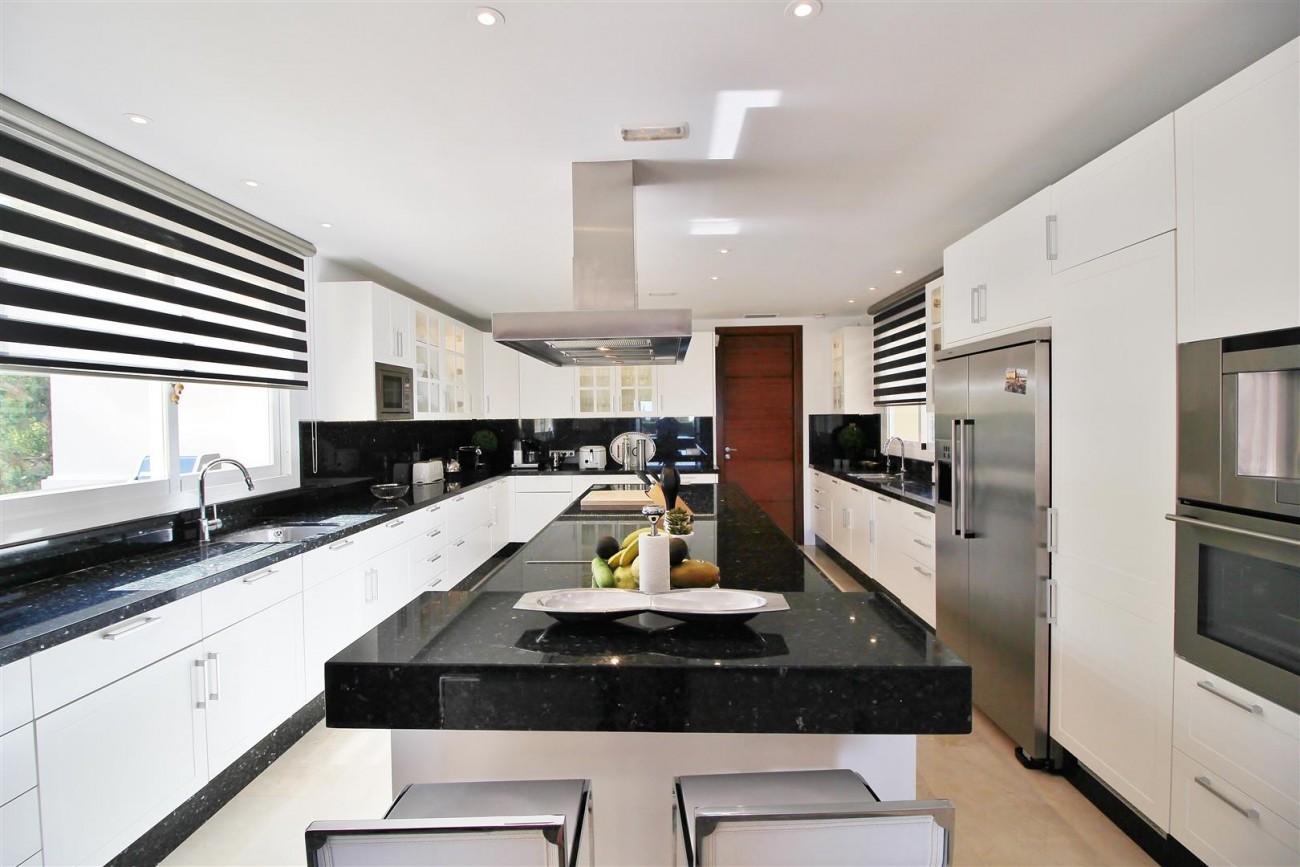 Luxury Villa for sale Nueva Andalucia Marbella Spain (49) (Large)