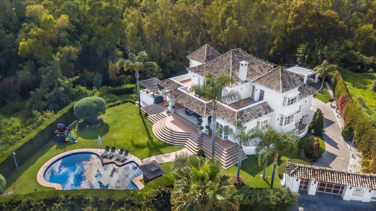 Luxury Villa Nueva Andalucia (1)