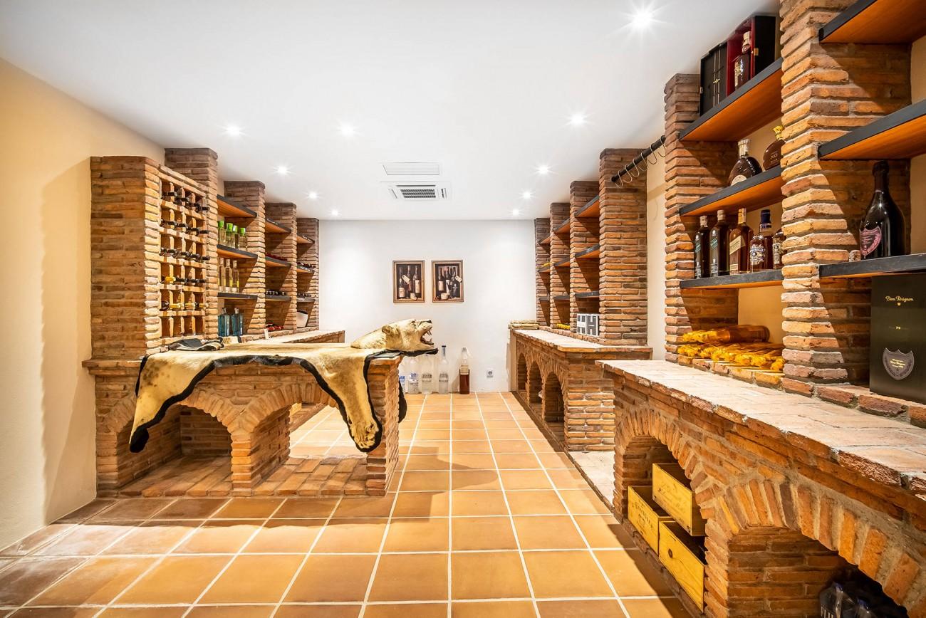 Luxury Villa Nueva Andalucia (5)